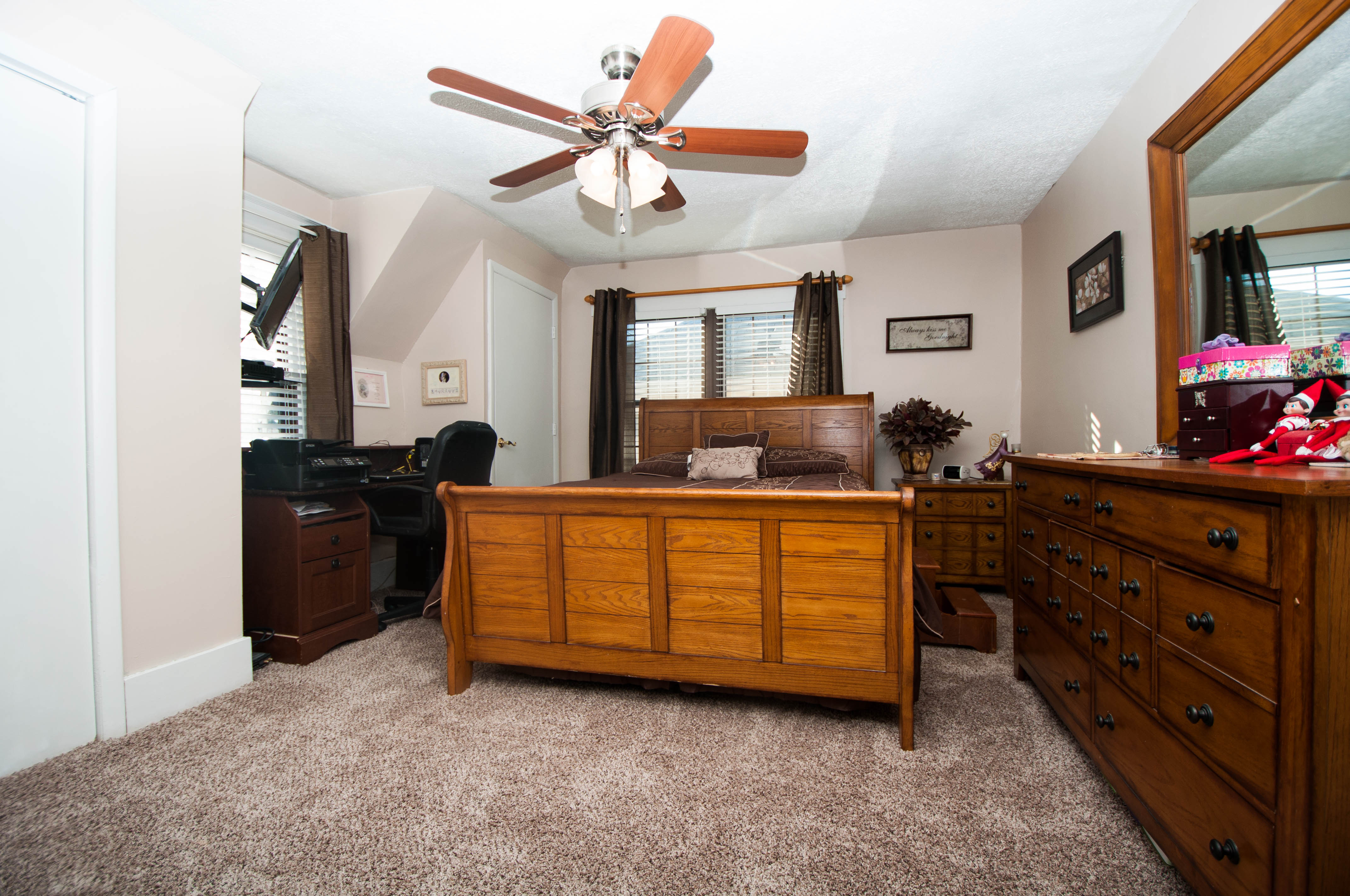 west portsmouth chat rooms 194 briggs rd west portsmouth west portsmouth 4 bedrooms and 3 full baths including master suite with dressing room this amazing home features spacious rooms.